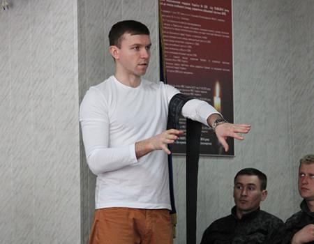 Майстер клас з  застосуванням засобів для зупинки кровотечі СВАТ для Національної гвардії України